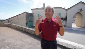 Douce France documentaire avec Pierre Perret