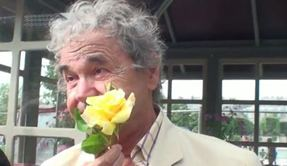 Une rose nommée Pierre Perret
