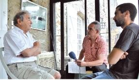 FrancoFan magazine Pierre Perret y déculotte ses souvenirs